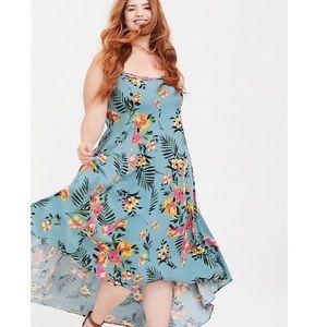 TORRID Sea Green Floral Challis Hi-Lo Maxi Dress